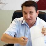 """""""Judeţ cu judeţ: Romeo Stavarache, primarul oraşului Bacău, este urmărit penal pentru că nu a respectat mai multe hotărâri judecătoreşti definitive şi irevocabile"""""""